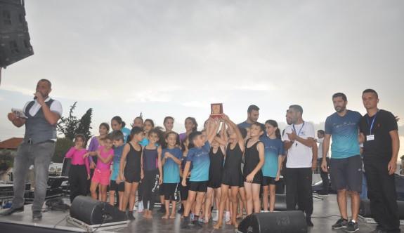 Lefkoşa Cimnastik İhtisas Derneği, festivale renk kattı