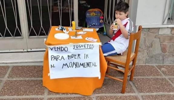 Libertadores finali için oyuncaklarını satışa çıkardı
