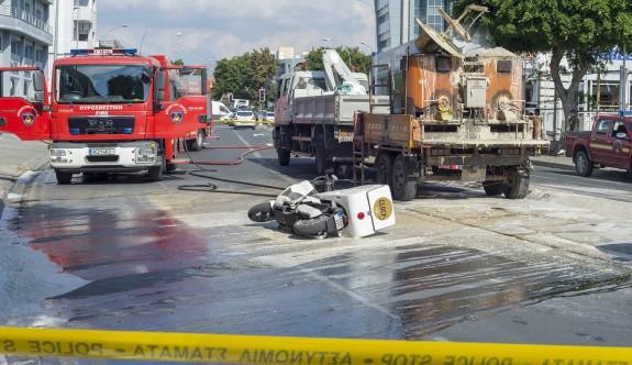 Limasol'da bakanlık aracı patladı