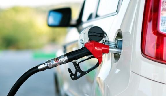 Rum yönetimi, kuzeyden benzin alınmasından 17 milyon Euro gelir kaybetti
