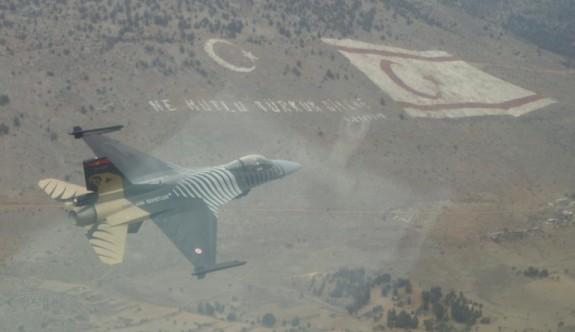 Solo Türk, yarın İskele semalarında uçacak