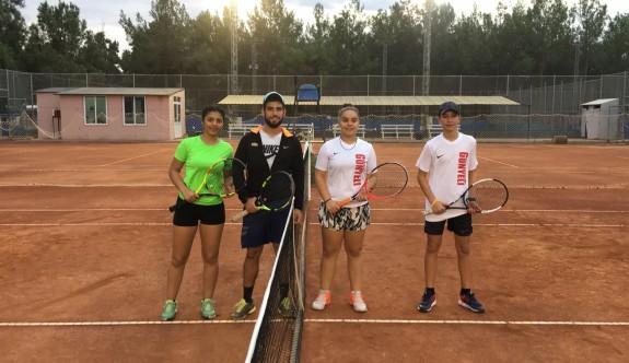 Tenis'te lig heyecanı başladı