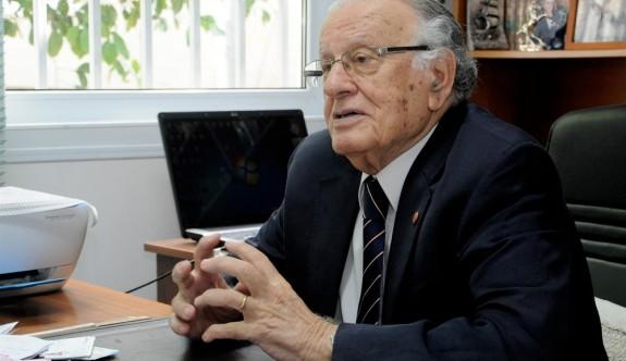 """""""Türkiye, KKTC'yi tanıtacağız diye bir politika ortaya koymadı"""""""