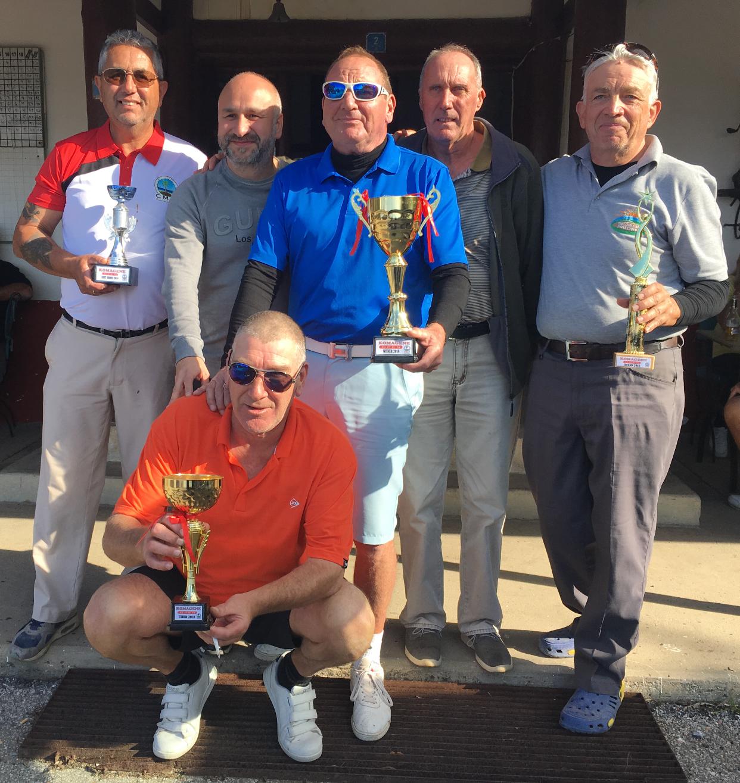 Golf Turnuvası'nın şampiyonu Robert Awbery