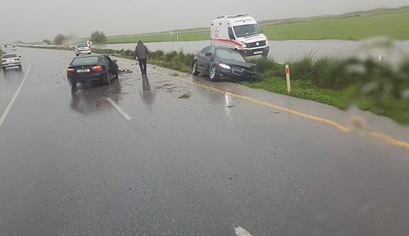 Yağmurlu hava kazaya neden oldu