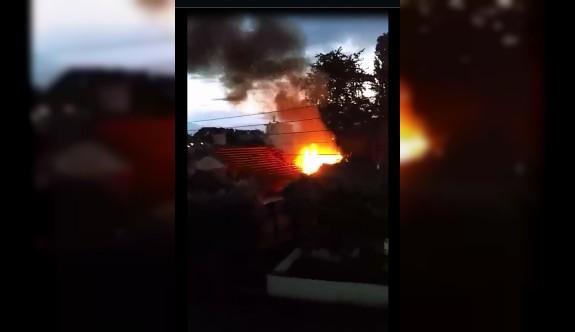 Yeşilyurt'ta bir evde yangın çıktı