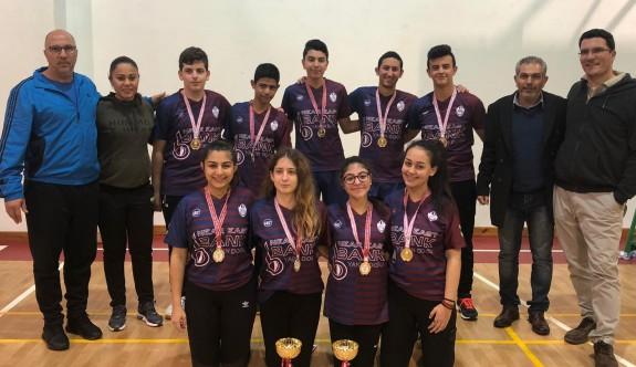 Badmintoncular, YDK'nın gururu oldular