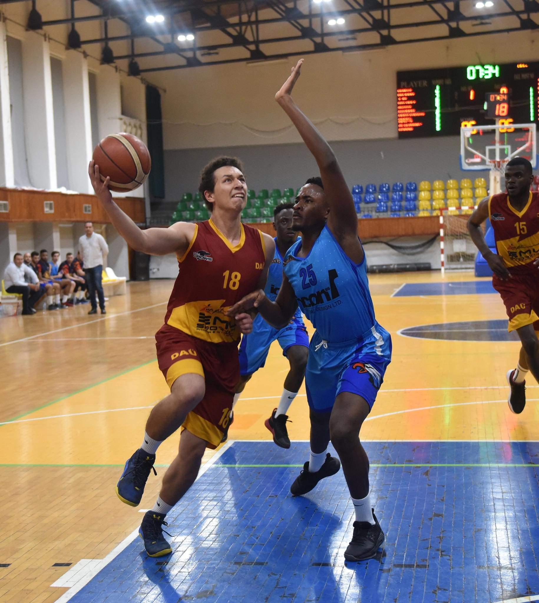 Basketbolda zirvede LAÜ var