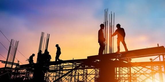 İnşaat sektörüne getirilecek yabancı işçi ön izin başvuruları durduruldu