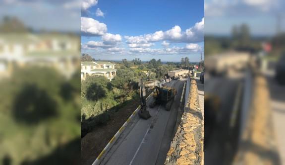 Köprülü Sokak'a perde duvarı