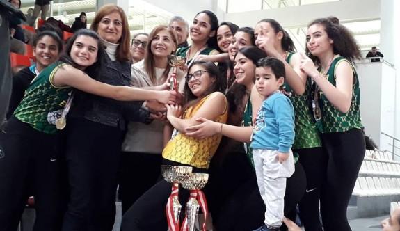 Liselerarası Kızlar Voleybol şampiyonu NKL