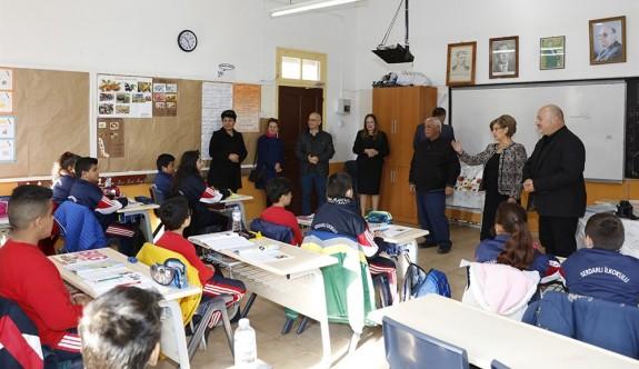 Meral Akıncı'dan Serdarlı İlkokulu'na ziyaret