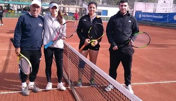 Teniste erteleme maçlarının programı açıklandı