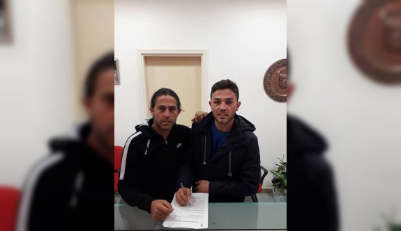 Transferin son imzaları İmamlar'dan