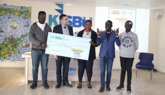 Üniversiteli gençlere girişimcilik ödülleri verildi