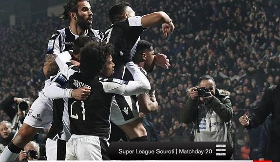 PAOK şampiyonluk yolunda Pire'yi yaktı