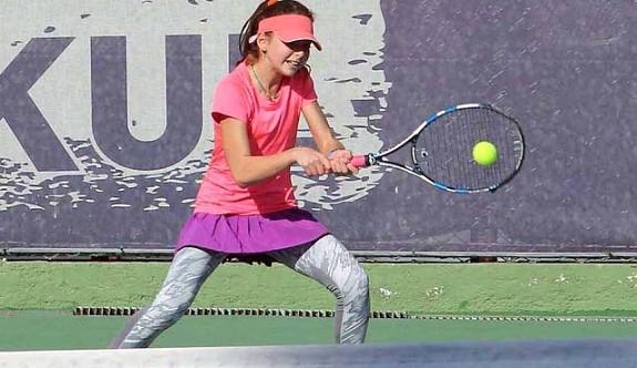 Teniste 12 Yaş Hafta Sonu Turnuvası yapıldı