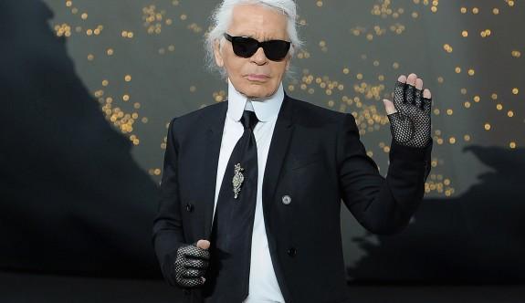 Ünlü moda tasarımcısı hayatını kaybetti