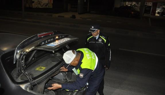 6 araç trafikten men edildi