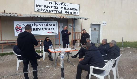 Cezaevinde süresiz grev