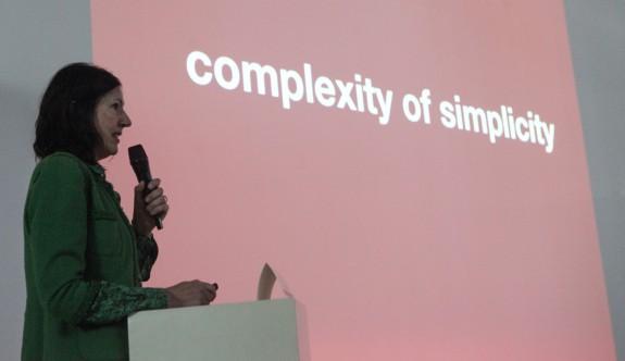 Dünyaca ünlü tasarımcı DAÜ'de öğrencilerle buluştu