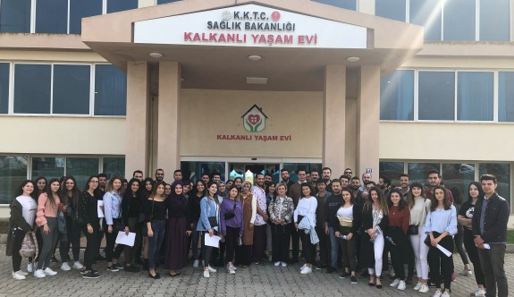 LAÜ öğrencilerinden 'Kalkanlı Yaşam Evi'ne anlamlı ziyaret