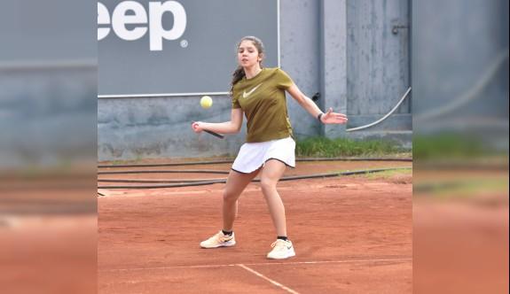 Teniste Haftasonu Turnuvası devam ediyor