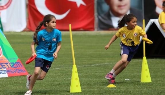 Çocuk Atletizmi Şenliği tamamlandı