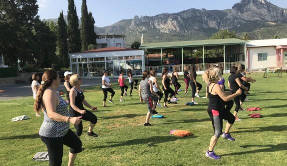 Düzenli fiziksel aktivite kronik hastalıkları ve ölüm riskini azaltıyor