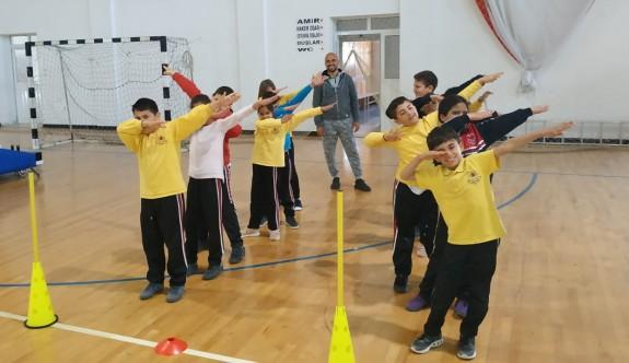 Eğitmenler, çocuk atletizmi için eğitiliyor