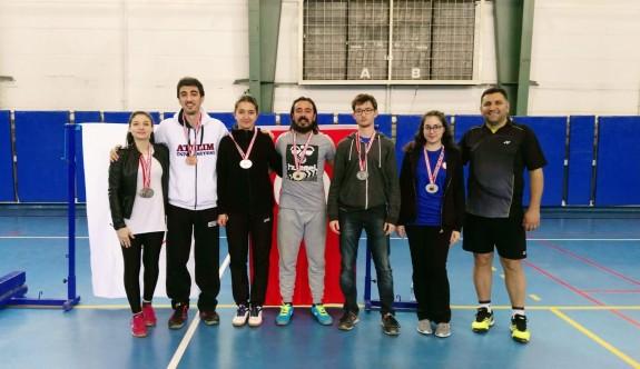 GAÜ badmintoncularından başarılı temsiliyet