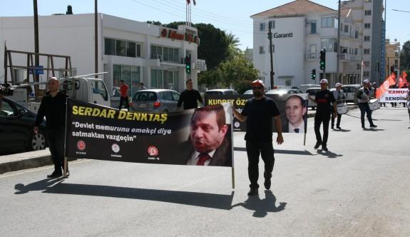 Hükümete zam protestosu