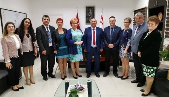 Macaristan'la öğretmen değişim programı gündemde