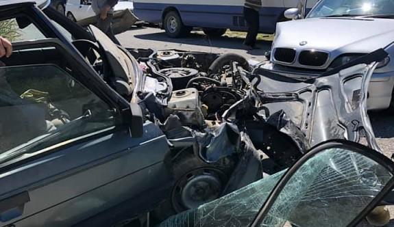 Mallıdağ yolunda kaza: 2'si çocuk 4 yaralı