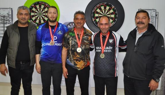 Şampiyonlar, Özeren ve Minareliköy
