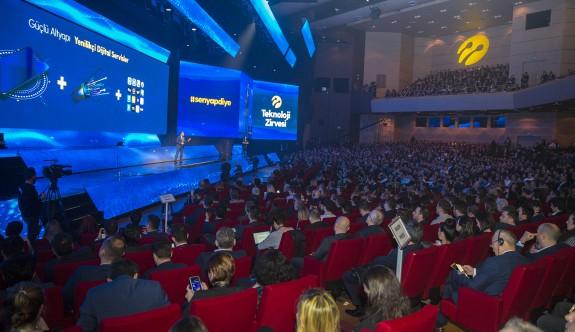 Turkcell Teknoloji Zirvesinde KKTC'de Dijital Dönüşüm de konuşuldu