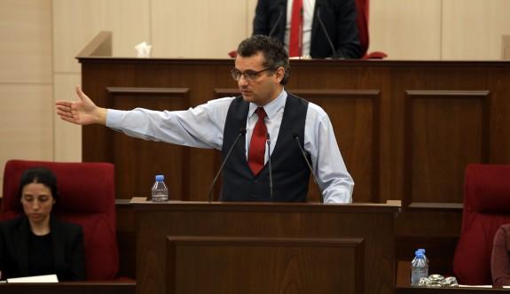 """""""Türkiyeli Kıbrıslı ayrımı yapmak bu ülkeye yapılacak en büyük kötülüktür"""""""