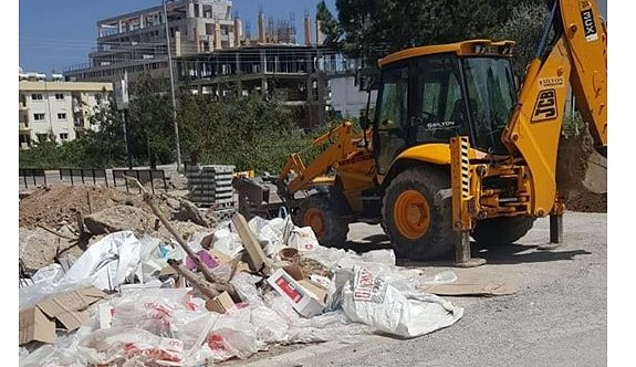 Ülkeyi inşaat firmaları yönetiyor