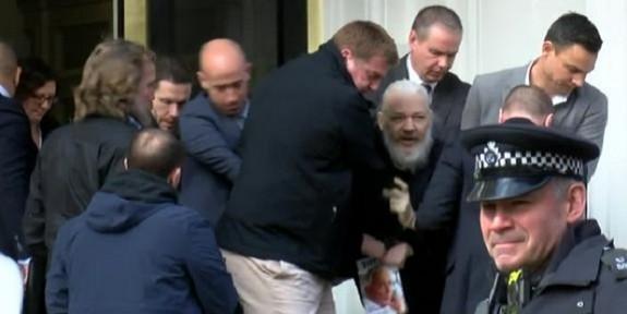 Wikileaks'in Kurucusu  Julian Assange Hakkında Hafızamızı Tazeleyelim