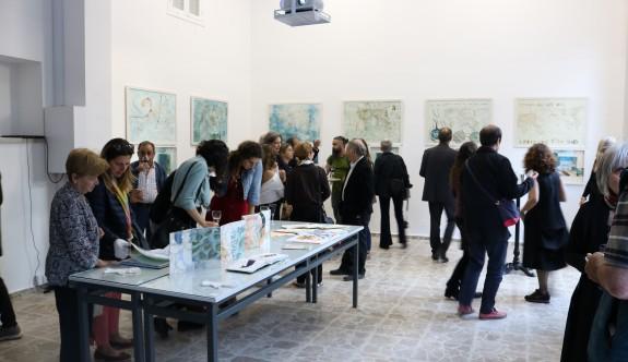 """Aslı Bolayır'ın """"Connect-xion"""" Sergisi  ARUCAD Art Space'te açıldı"""