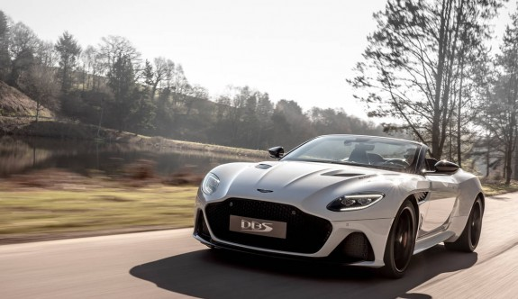 Aston Martin'in en hızlı üstü açık modeli