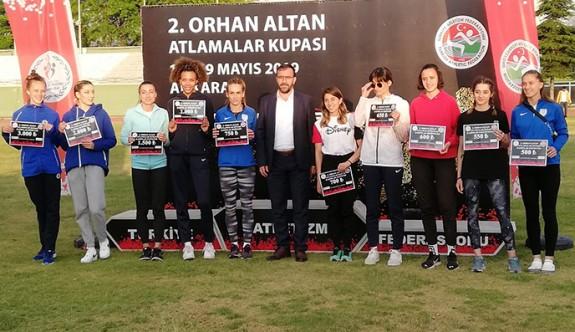 Atletlerimiz Ankara'da üçüncü oldu