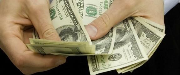 Dolar 6'yı aştı