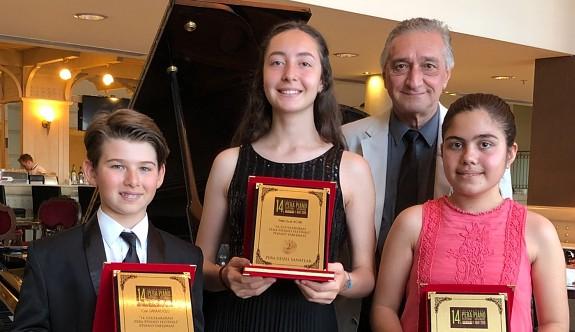 Genç piyanistlerden gururlandıran başarı