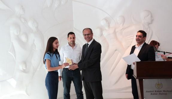 """""""Genç Bakış Açısıyla Basın Özgürlüğü"""" kompozisyon yarışması ödülleri verildi"""