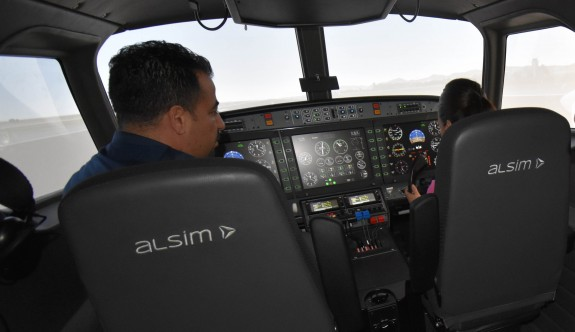 Girne Üniversitesi pilotaj mezunları THY'de pilot olabilecek