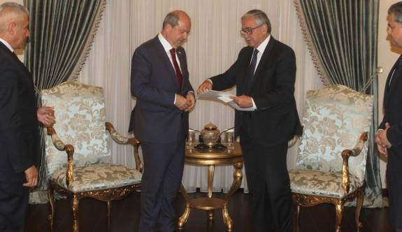 Hükümet kurma görevi Tatar'a verildi