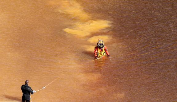 Kırmızı Göl'de iç çamaşırı bulundu
