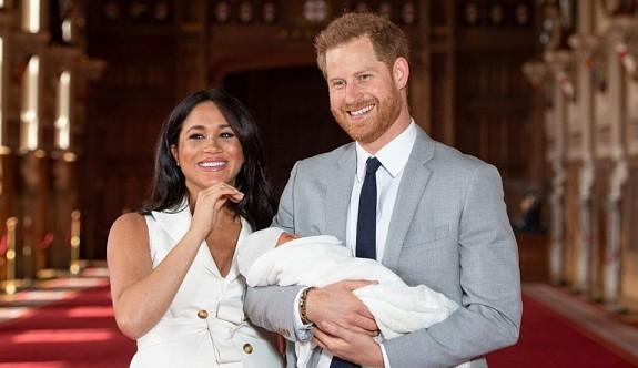 Kraliyet bebeğine verilen Archie adı tartışılıyor