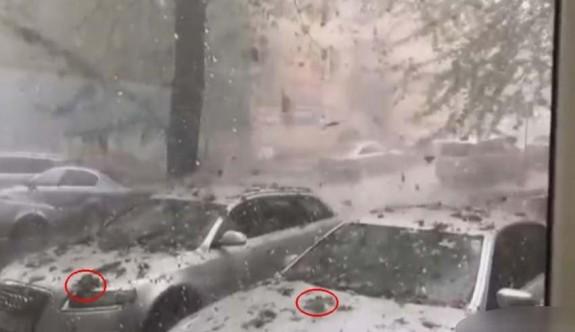 Romanya'da gökten taş yağdı